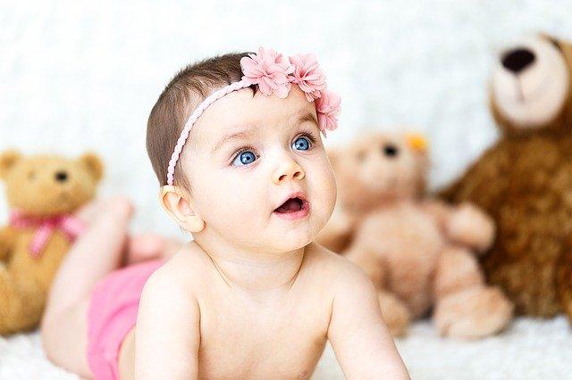 Bebeğin boğazına yabancı cisim kaçması belirtileri nelerdir?